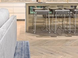 Plank floors Chevron parquetry