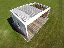 Renson Skye: exclusive terrace covering with operable, bladed retractable roof