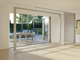 Freedom Retractable Screens: Infinity ZL2 - spans up to 13 metres