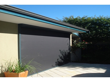 Flyloc Retractable Shade and Insect Screens from Issey Sun Shade Systems l jpg