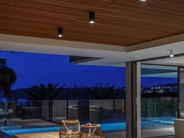 The Mosman residence - The I-Pipedi outdoor ceiling lights were used in the outdoor eating area