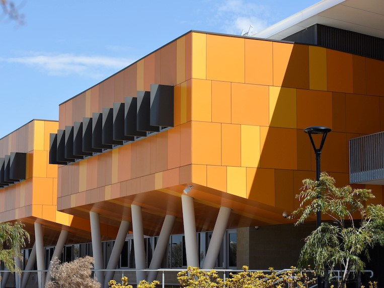 Innova Duracom Pre Coated façade system at Joseph Banks College – Education and government