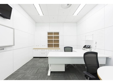 Shift Demountable Partitioning Systems from Formula Interiors l jpg