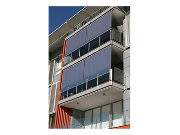 External screens available in manual or automatic with sun & wind sensors