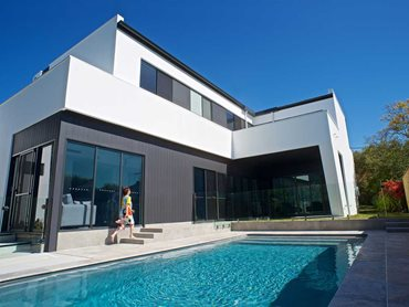 Hebel's PowerPanel50 external wall system coated with a clean white render