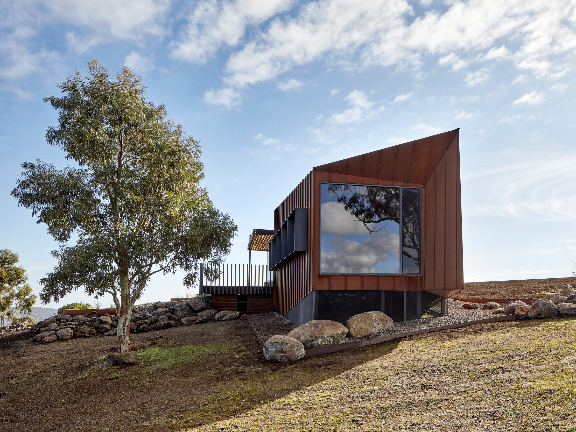 breakneck gorge corten architecture