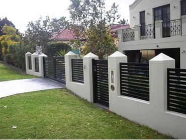 Superior-Steel-Aluminium-and-COLORBOND-Steel-Fencing-and-Gates Black Boundary Fence