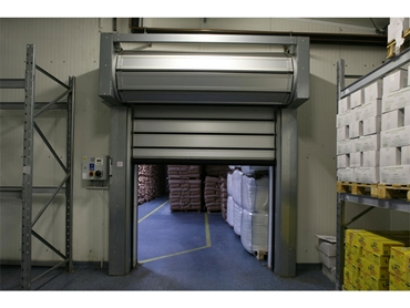 Efaflex SST High Speed Insulated Doors are suitable for large openings of 8000x8000mm
