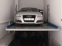 Single Spacer: Car parking stacker