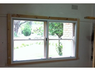 Soundout retrofit aluminium horizontal sliding window with extended reveal