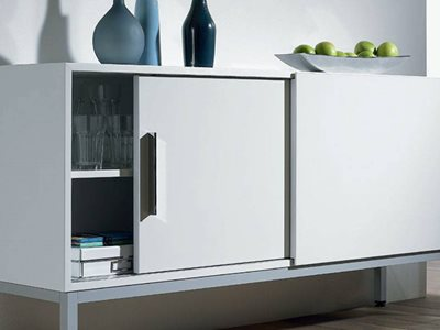 Hettich sliding doors on cabinet