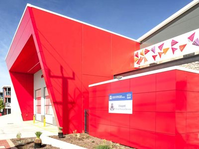 James-Hardie-ExoTec-Cladding-Bisschops-Panel-Oldfield-Knott-Architects-Vincent-Fire-Station