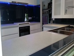 ​High-Heat Polymer Bonethane Splashbacks and Wall Panels