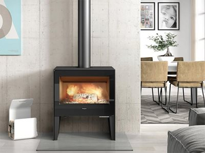 Front View of Hergom Cast Iron Fireplace in Modern Living Room Setting