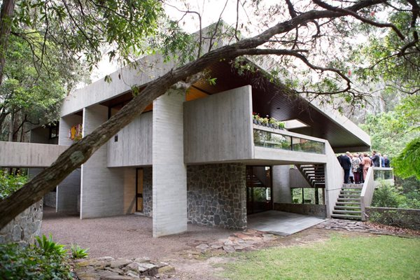 Harry and Penelope Seidler House exterior