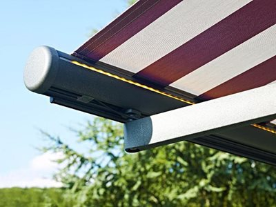 Detailed product image of semi cassette awning