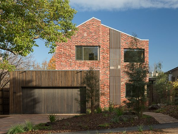 Brick Courtyard House exterior