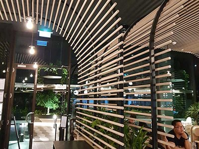Calia melbourne timber look aluminium curved battens curved supports