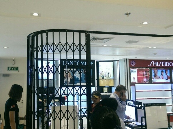 ATDC retractable gates at DFS Group's new luxury store at Ho Chi Minh City airport