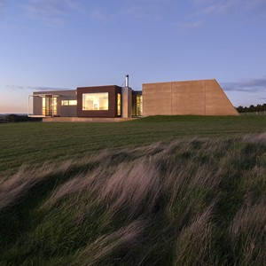 Inverloch house and the ubiquitous role of the architect in quality prefab projects