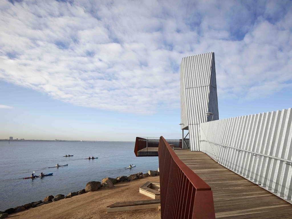 A pedestrian viewing platform made sculptural landmark by Cox Architecture