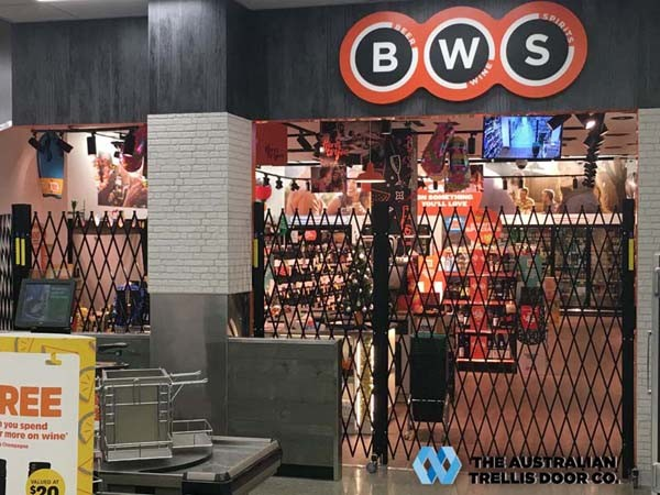 ATDC's portable fencing system at BWS store, Chadstone VIC