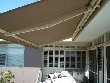 Retractable Folding Arm Awnings - Berlina Folding Arm Awning