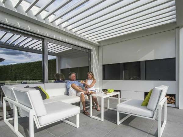 Renson Camargue louvered canopy