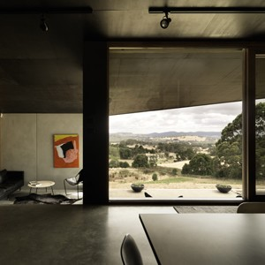 House at Hanging Rock by Kerstin Thompson Architects wins 2014 AIA Robin Boyd Award for Residential Architecture (New)