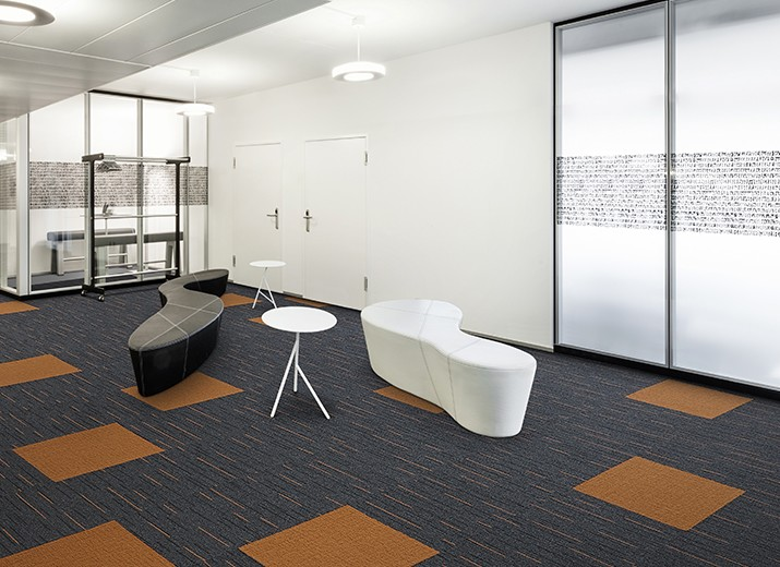 Zipline carpet tile