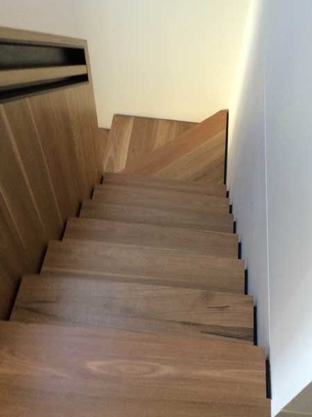 The DuraGrip PU sealer utilises perfectly round glass beads to increase slip resistance on timber stairs