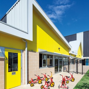 A walled city: Dallas Brooks Community Primary School by McBride Charles Ryan