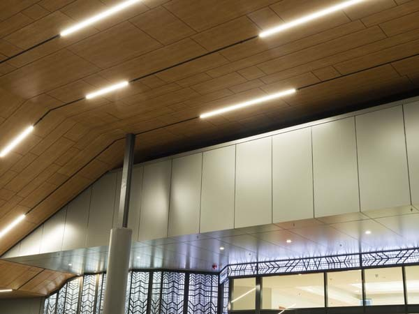 Fairview's woodgrain finish 'American Pine' was recently installed in a unique pattern for the $50 million Aspley Hypermarket shopping centre