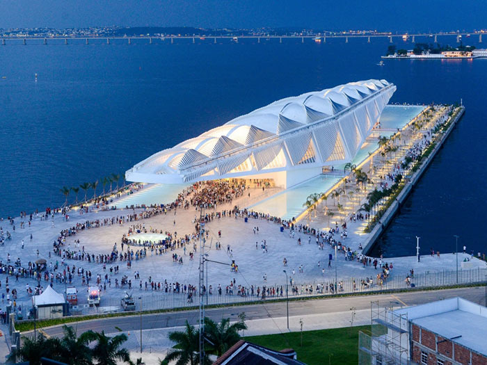 Museum of Tomorrow by Santiago Calatrava Architects Engineers