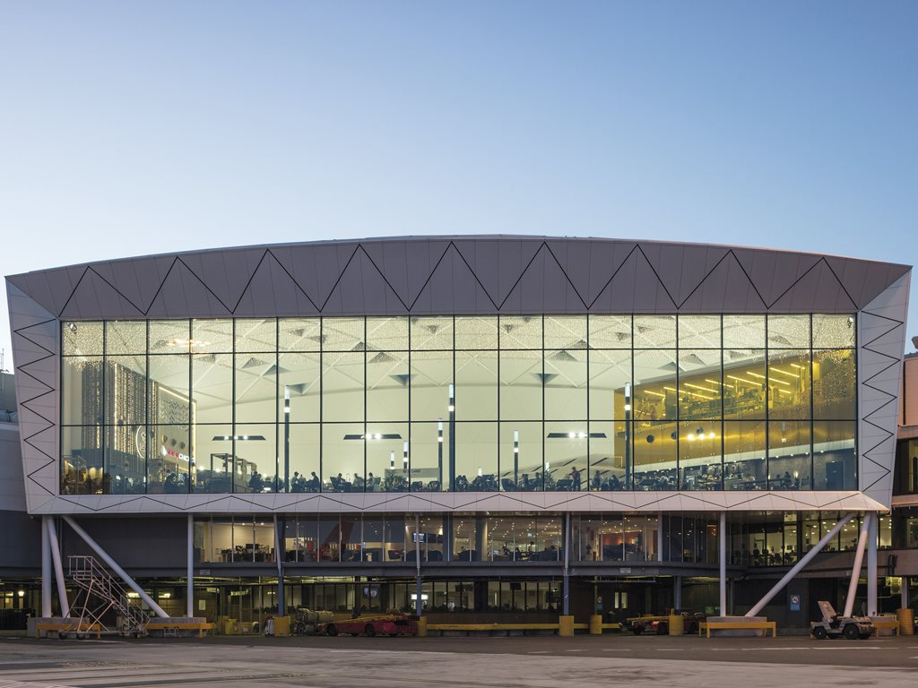 New retail space takes off at Sydney International Airport